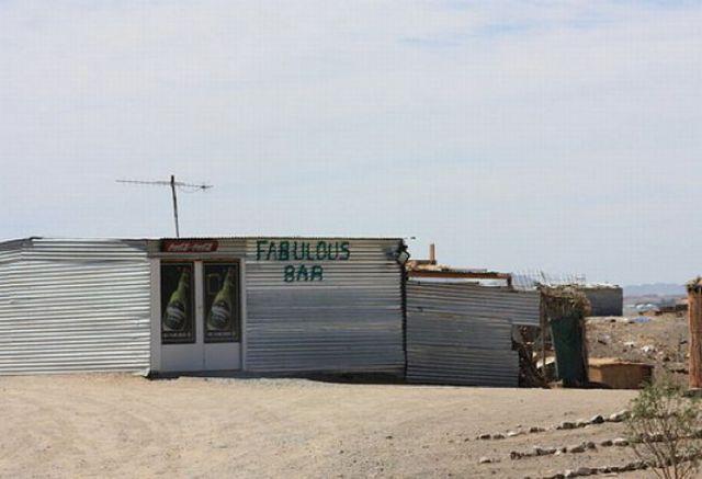 Funny African Bar Names (10 pics)